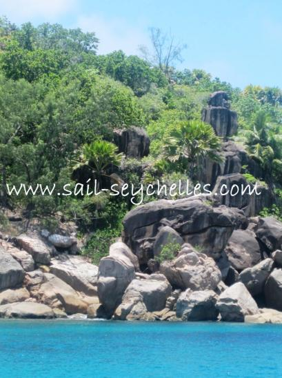 Croisi�re Catamaran Seychelles rocher granite